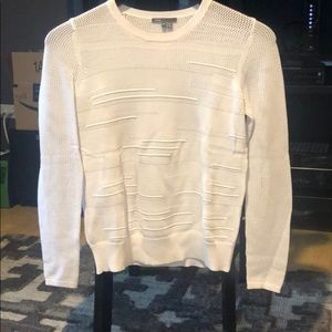 Vince crew neck sweater with mesh like pattern
